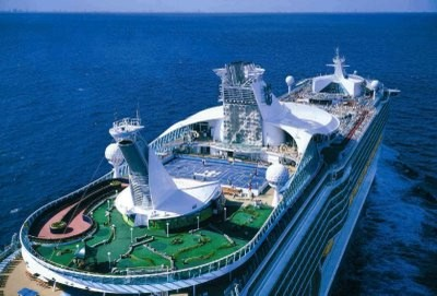 3rd-Cruise-Voyager-of-the-Seas-Golf-Course
