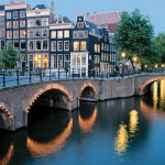 DAY_EU-Tulips_d1_Amsterdam-canals_478x345_tcm21-9673